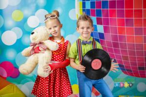 Стиляги и Ретро. Костюмированная фотосъемка в детском саду. Постановочные портреты