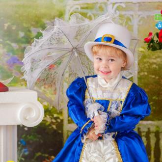 Фотосъемка в детском саду осенью и весной. Фотостудия с костюмами