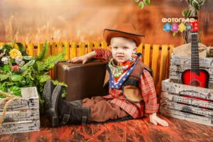 Фотосъемка с костюмами Ковбои в детском саду. Фотограф в детский сад