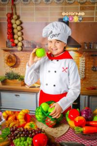 Детская фотосъемка Поварята фотосессия в детском саду в костюмах Повар на кухне