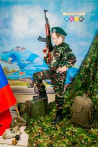Детская фотосъемка в костюмах день защитника отечества 23 февраля в детском саду