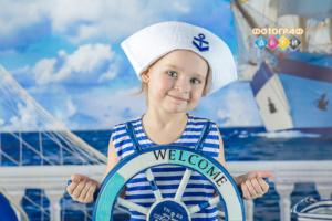 Фотосъемка на морскую тему в костюмах в детском саду. Морячок и Морячка. Фотограф в детский сад с костюмами