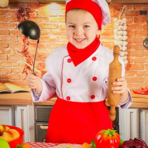 Поварята Детская фотосъемка в костюмах. Маленькие повара на кухне