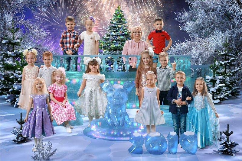 """Общая коллажированная фотография для детского сада - Коллаж """"Хрустальный лёд"""""""