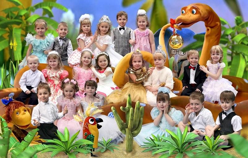 """Коллаж для детского сада. Общая фотография на тему """"38 попугаев"""""""